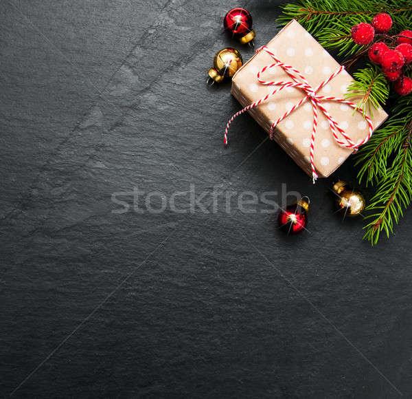 Crăciun vacanţă copac decorare negru piatră Imagine de stoc © almaje