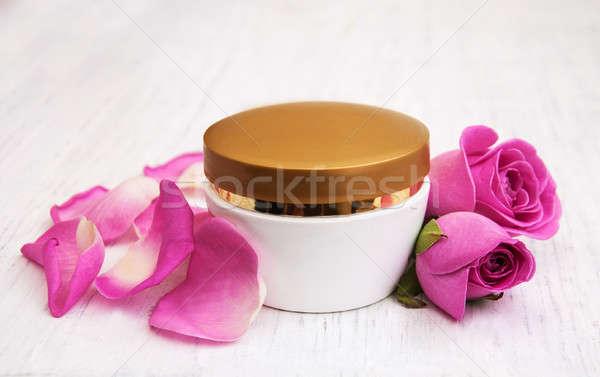 Сток-фото: розовый · роз · старые · деревянный · стол · лице