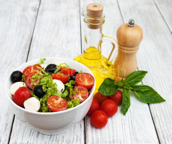 Saláta sajt zöldségek olajbogyók paradicsom levél Stock fotó © almaje