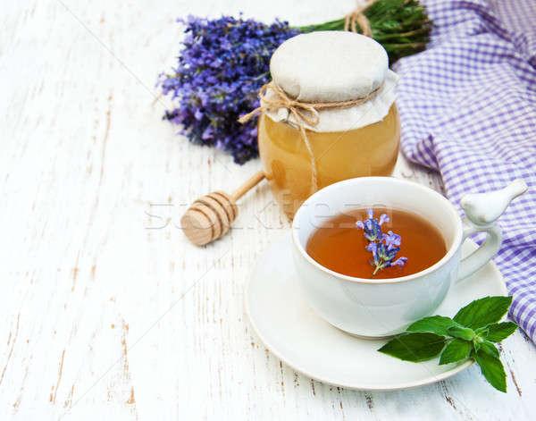 Foto d'archivio: Cup · tè · lavanda · fiori · vecchio · legno