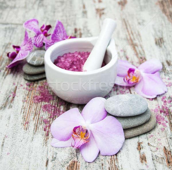 Spa prodotti orchidee massaggio vecchio legno Foto d'archivio © almaje