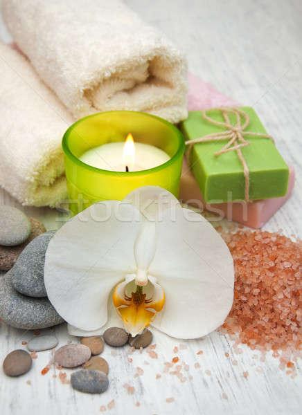 Orquídeas vela toalha feito à mão sabão velho Foto stock © almaje