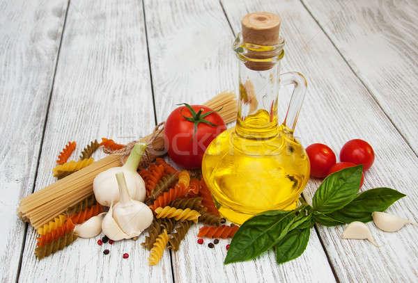 Comida italiana ingredientes edad mesa petróleo Foto stock © almaje