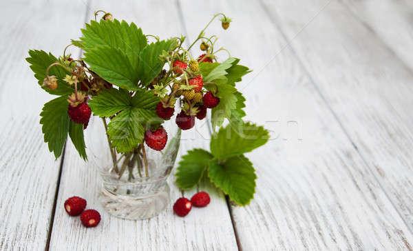 Vidro morangos natureza saúde vermelho Foto stock © almaje