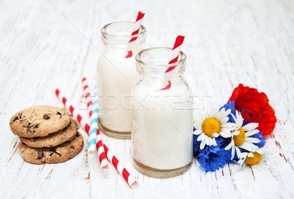 Latte cookies vecchio legno legno vetro Foto d'archivio © almaje
