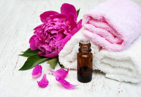 Fiori massaggio oli asciugamani legno corpo Foto d'archivio © almaje