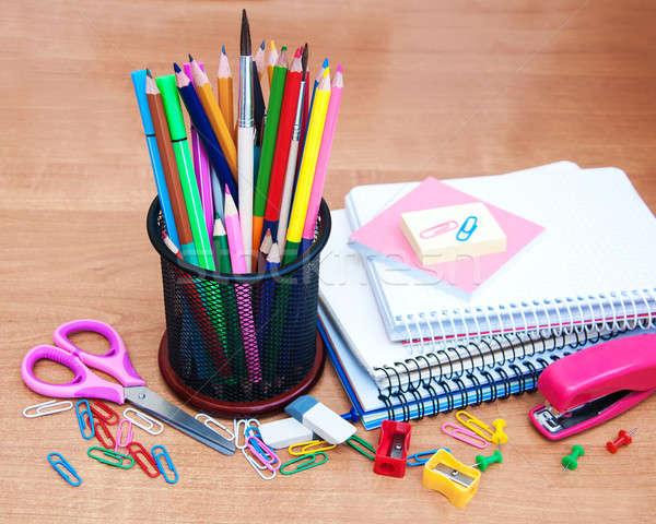 Material escolar velho escritório livros caneta Foto stock © almaje