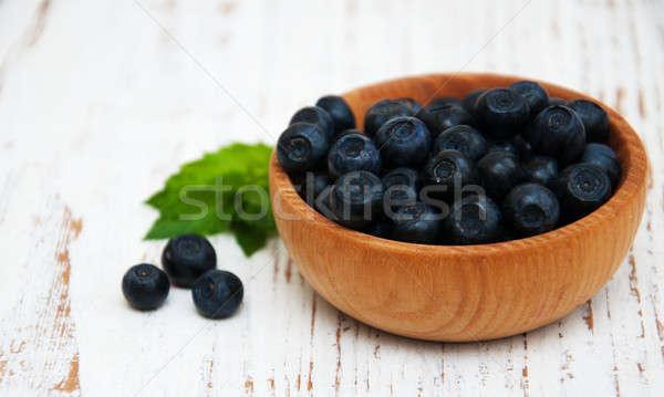 Tál áfonya öreg fából készült gyümölcs egészség Stock fotó © almaje