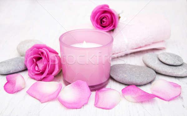 Foto stock: Banho · toalhas · rosa · rosas · vela · velho