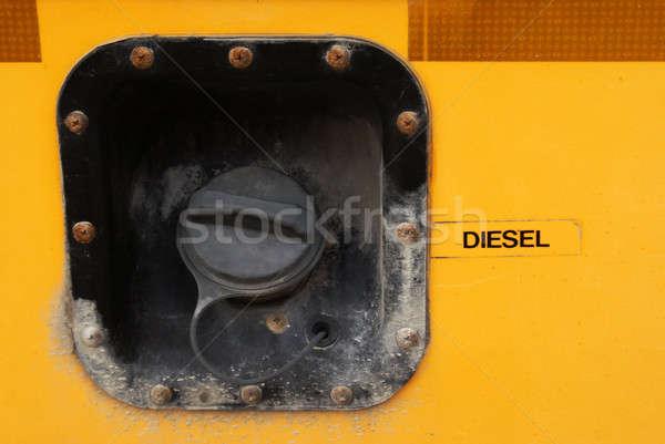Iskolabusz üzemanyag sapka közelkép út narancs Stock fotó © AlphaBaby