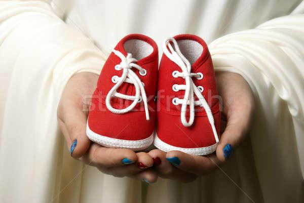 új kezdetek anya cipők üdvözlet kezdet Stock fotó © AlphaBaby