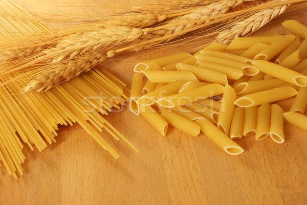 Tarwe pasta foto omhoog sluiten Stockfoto © AlphaBaby