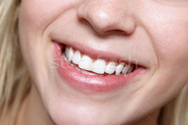 Gülümseme sansasyonel mutlu sağlıklı genç kadın Stok fotoğraf © AlphaBaby