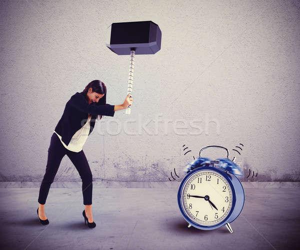 Parada anillo alarma mujer martillo sonido Foto stock © alphaspirit