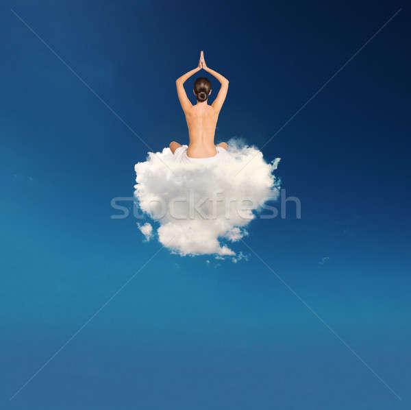Joven yoga nube suave mujer nina Foto stock © alphaspirit