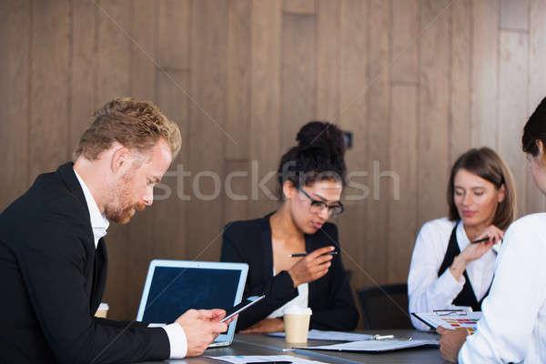 チーム 事業者 一緒に チームワーク 人 作業 ストックフォト © alphaspirit