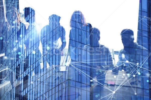 ビジネスの方々  作業 一緒に オフィス インターネット ネットワーク ストックフォト © alphaspirit