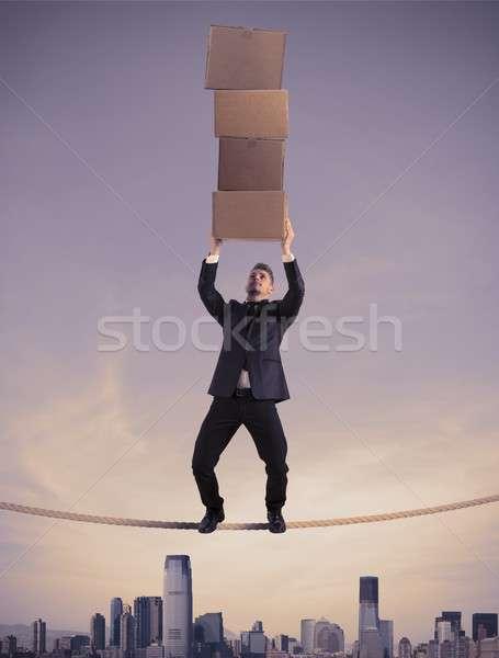 Difícil carreira negócio homem trabalhar caixa Foto stock © alphaspirit