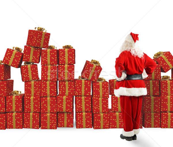 Kerstmis geschenken kerstman christmas man Stockfoto © alphaspirit