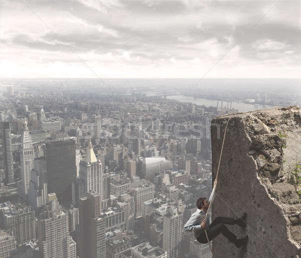 Mászik siker üzletember férfi város hegy Stock fotó © alphaspirit
