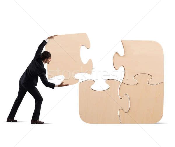 Teljes puzzle hiányzó darab üzletember nagy Stock fotó © alphaspirit