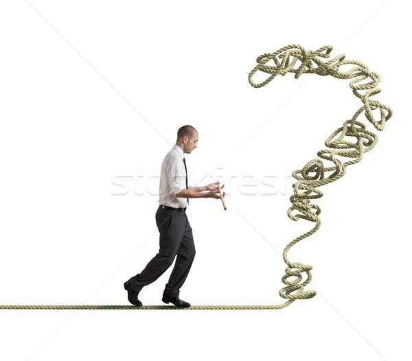 Biznesmen rozwiązać mężczyzn drutu spadek finansowych Zdjęcia stock © alphaspirit