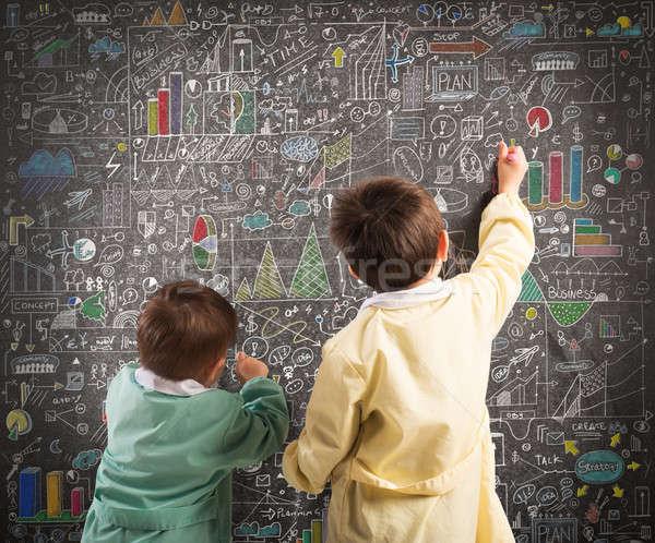Küçük finansal dahi çocuklar çekmek diyagramları Stok fotoğraf © alphaspirit