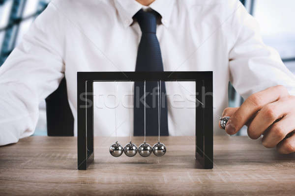 Business Newtons cradle Stock photo © alphaspirit