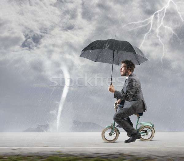 Escapar crisis empresario moto negocios cielo Foto stock © alphaspirit