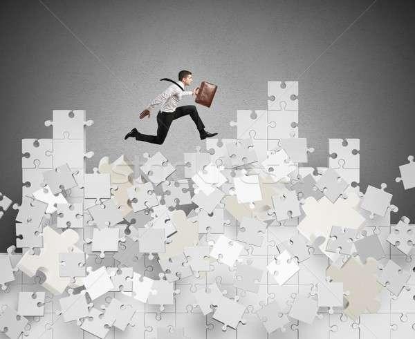 Foto stock: Empresário · crise · montanha · quebra-cabeça · queda · saltar