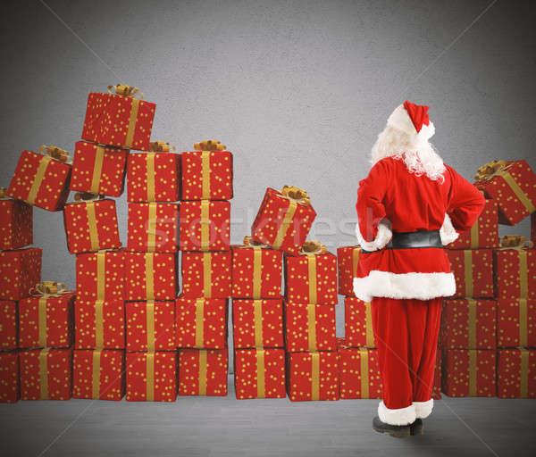 Karácsony ajándékok mikulás külső karácsony férfi Stock fotó © alphaspirit