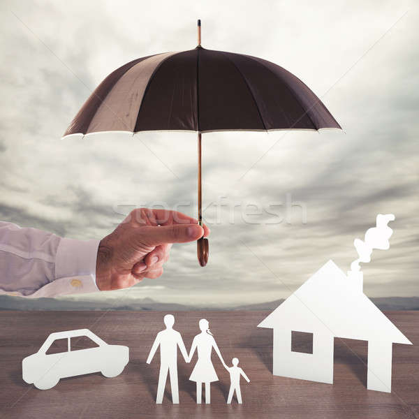 Védelmez család papír fedett esernyő üzlet Stock fotó © alphaspirit