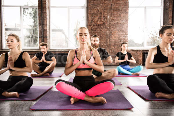 Photo stock: Yoga · méditation · jeunes · Lotus · posent · fitness