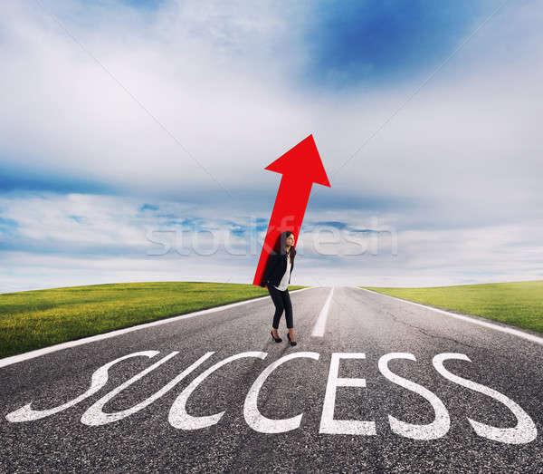 Kobieta interesu duży arrow sukces sposób udany Zdjęcia stock © alphaspirit