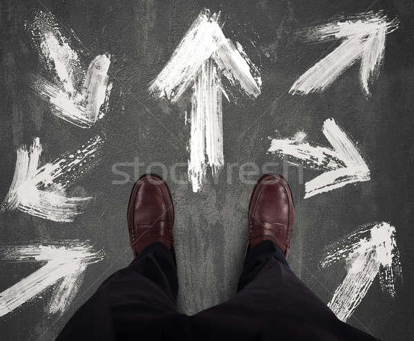 Keuzes zakenman witte pijl man werknemer Stockfoto © alphaspirit