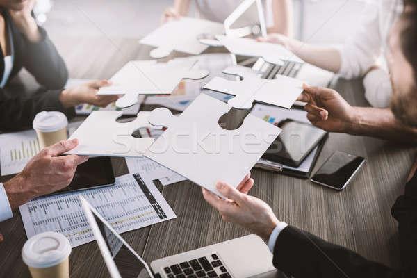 Stockfoto: Teamwerk · partners · integratie · startup · puzzelstukjes · zakenlieden