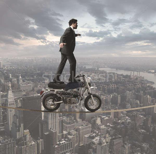 Affaires acrobatique homme d'affaires tous obstacles bâtiment Photo stock © alphaspirit