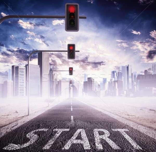 Kırmızı trafik ışığı kırmızı ışık şehir Bina imzalamak Stok fotoğraf © alphaspirit