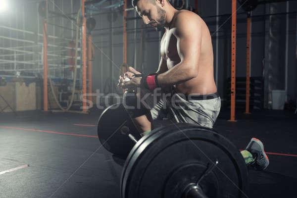 спортивный человека из спортзал штанга определенный Сток-фото © alphaspirit