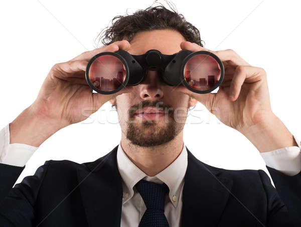 Geschäftsmann schauen Zukunft Fernglas Stadt Business Stock foto © alphaspirit