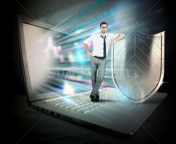 Firewall działalności mały biznesmen komputera tarcza Zdjęcia stock © alphaspirit