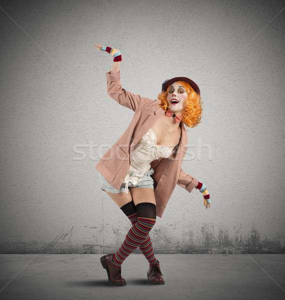 Clown ekstrawagancki stanowią kolorowy kobieta zabawy Zdjęcia stock © alphaspirit