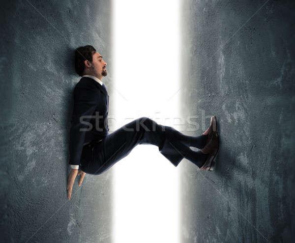 圧力 ビジネスマン 男 閉じ込められた 2 壁 ストックフォト © alphaspirit
