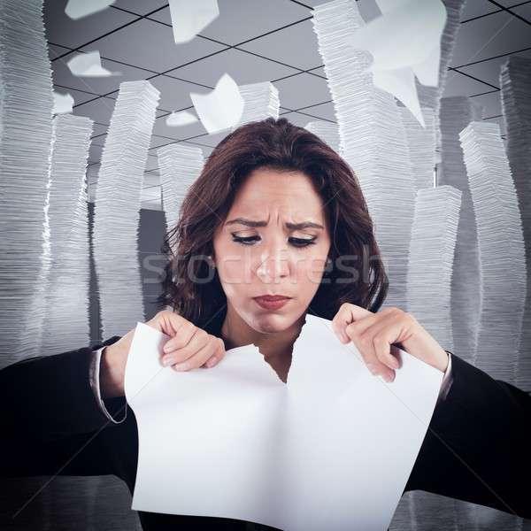 Scheur vrouw nerveus tranen kantoor Stockfoto © alphaspirit