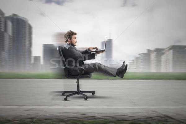 Rápido negocios empresario carretera hierba ciudad Foto stock © alphaspirit