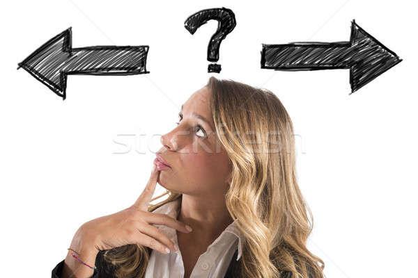 Confundirse mujer de negocios elegir manera elección Foto stock © alphaspirit