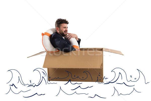 Przestraszony biznesmen tektury ocean działalności krzyk Zdjęcia stock © alphaspirit