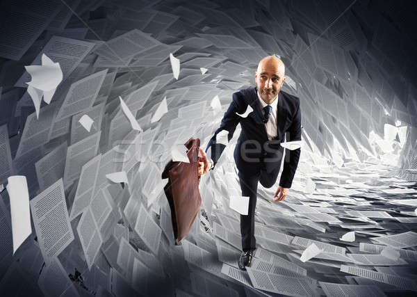 Mer bureaucratie homme loin paperasserie vague Photo stock © alphaspirit