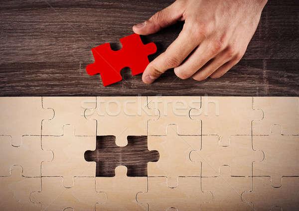 Teljes puzzle üzletember utolsó darab férfi Stock fotó © alphaspirit
