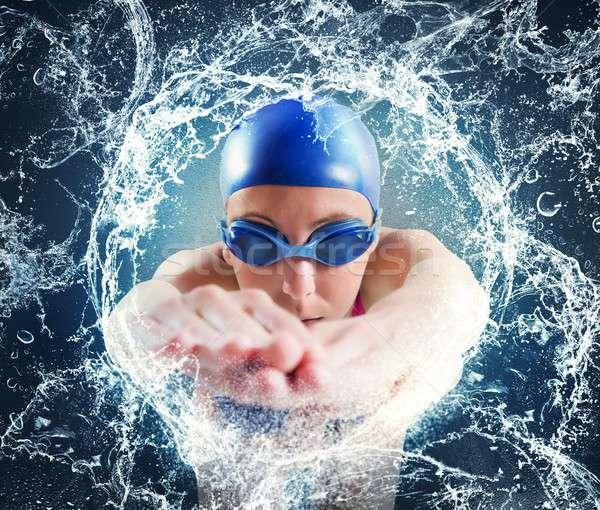 Vrouw zwemmer belangrijk zwembad race sport Stockfoto © alphaspirit
